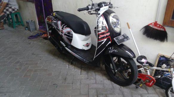 harga-cutting-sticker-motor-full-body-9